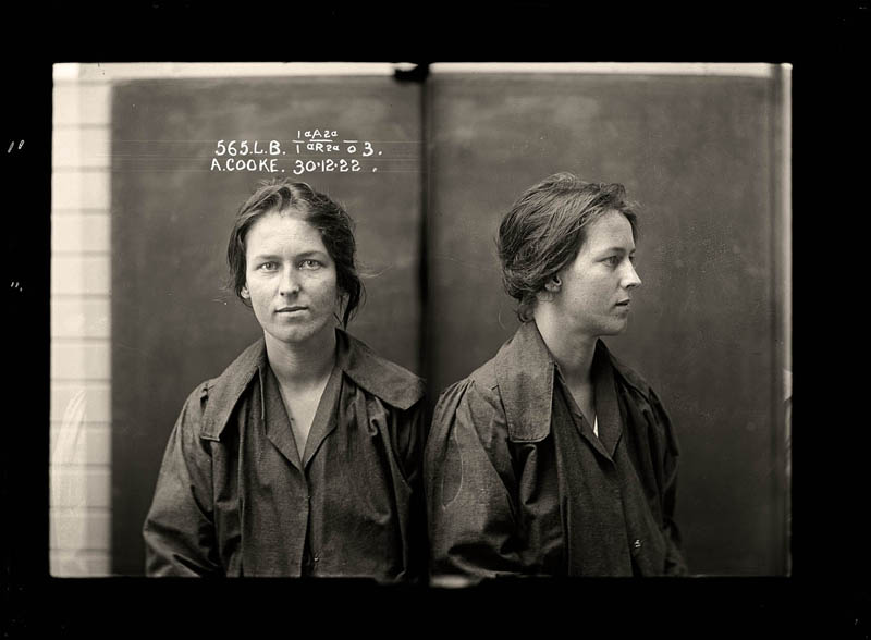 vintage-female-mug-shots-1