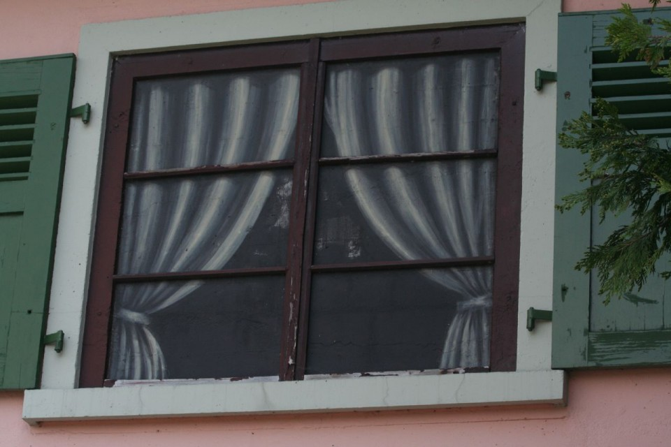 painted-window-960x640